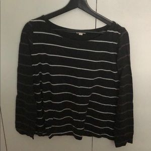 Gap striped black and white long sleeved
